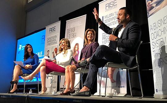 Adriana Gallardo, Maryann Walker y Richard Martinez charlaron sobre la importancia de un líder. (Foto:@PosibleLA)