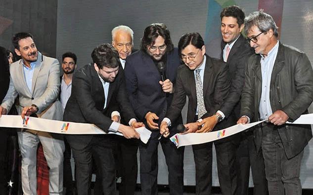 Personalidades en el lanzamiento de Net TV (Foto: Marcelo Silvestro / perfil.com)