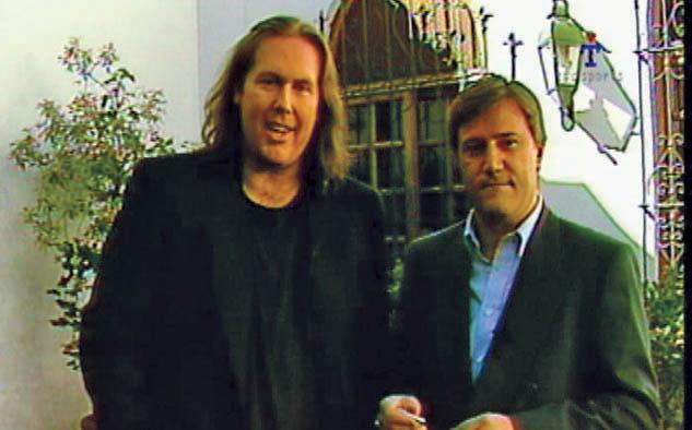 Gonzalo Bonadeo y Alejandro Fabbri, los dos periodistas presentadores del estreno del canal en 1994. Ambos continúan siendo parte de TyC Sports.