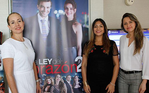 Junto a María Lucía, las integrantes del equipo de ventas internacionales de RCN Luisa Fernández Pérez Avella y Lina María Waked.