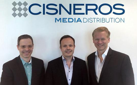 Jonathan Blum, Presidente de Cisneros Media; Marcel Vinay, Jr., CEO de Comarex; y Marcello Coltro, Vicepresidente Ejecutivo de Cisneros Media Distribution