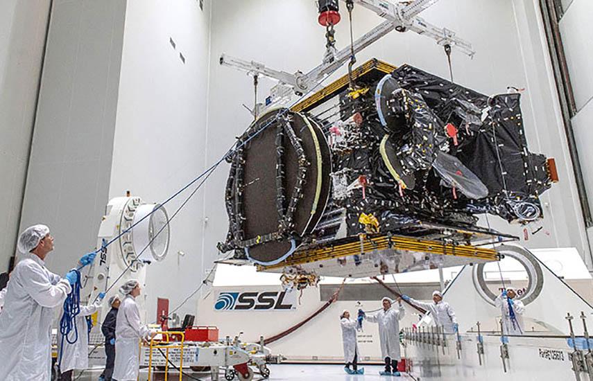 El satélite AT&T T-16, producido en Francia por Airbus Defence and Space, basado en la plataforma híbrida Eurostar 3000 LX, ocupará la posición superior en la doble carga útil de la Ariane 5.