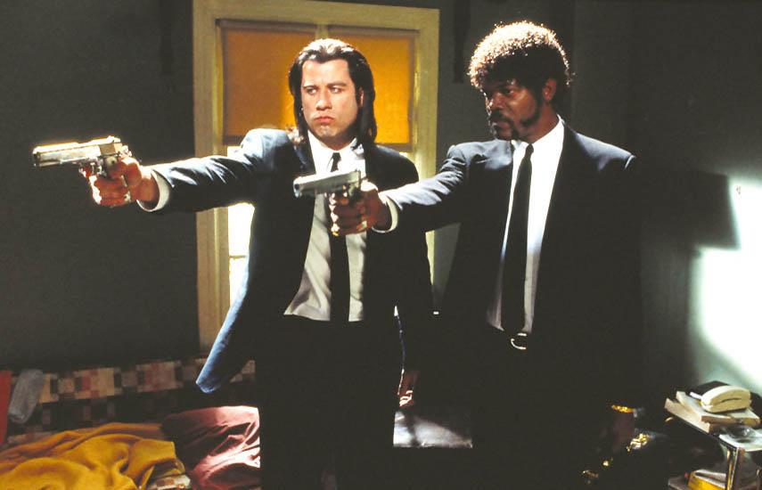 """John Travolta y Samuel L. Jackson en """"Tiempos Violentos"""" (Pulp Fiction), ganadora al Mejor Guión Original en 1994."""