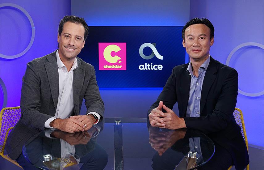 El fundador y CEO de Cheddar, Jon Steinberg y Dexter Goei, CEO de Altice USA.