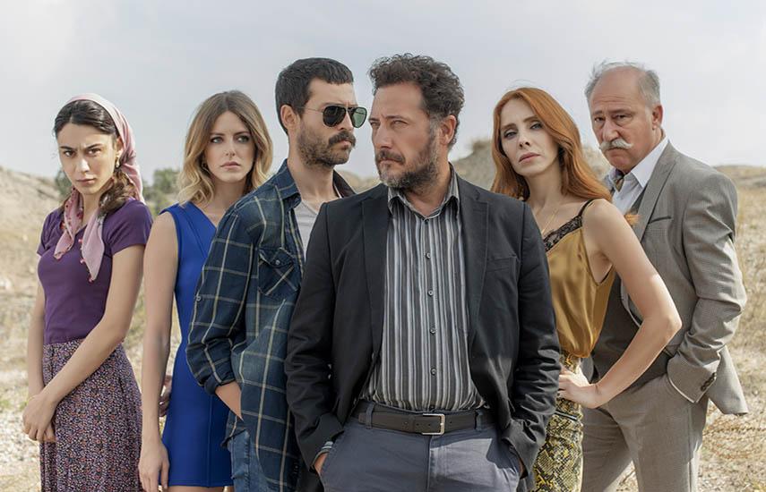 La exitosa miniserie Bozkir forma parte del más reciente acuerdo de derechos alcanzado por Inter Medya. La producción, de notable elenco, dirigida por Bahadir Ince y con guion de Levent Cantek, siguelos pasosde dos policías que trabajan en una ciudad pequeña.