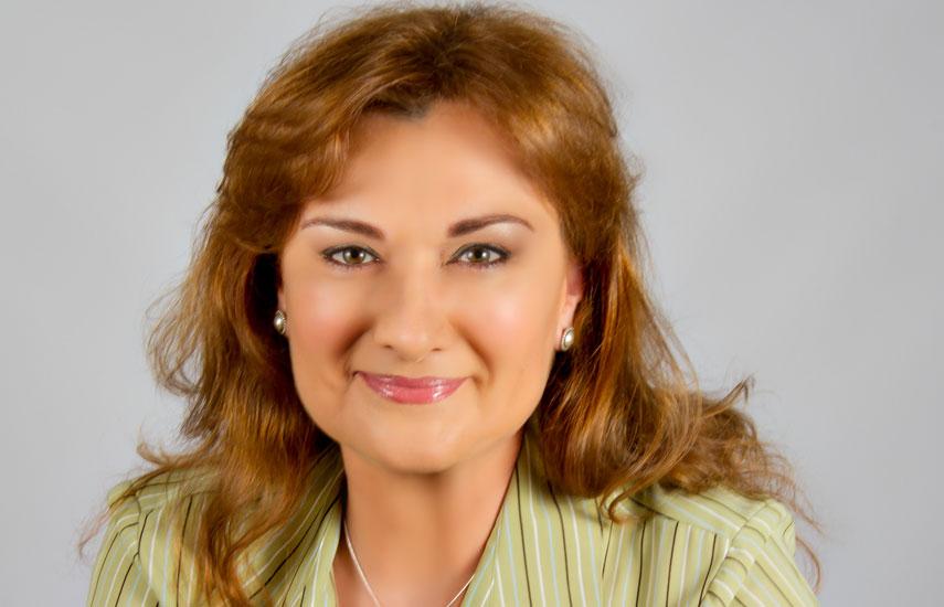"""Carmen Gonzalez-Sanfeliu: """"Televisa necesita operar una plataforma altamente confiable, que le posibilite ofrecer contenido de calidad a sus espectadores en todo momento. Intelsat fue capaz de proporcionarle una solución única, combinando transpondedores de alta potencia en dos satélites con cobertura óptima sobre México""""."""