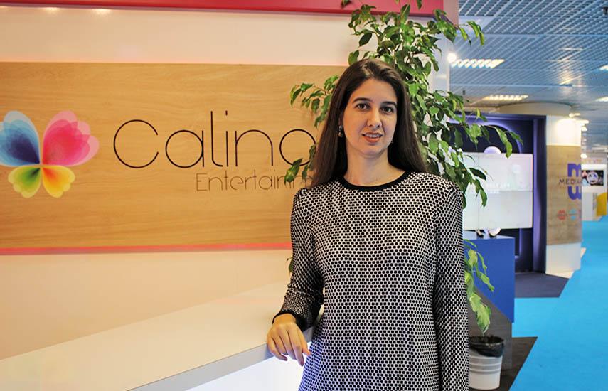 Duda Rodrigues, ejecutiva de venta regional de Calinos.