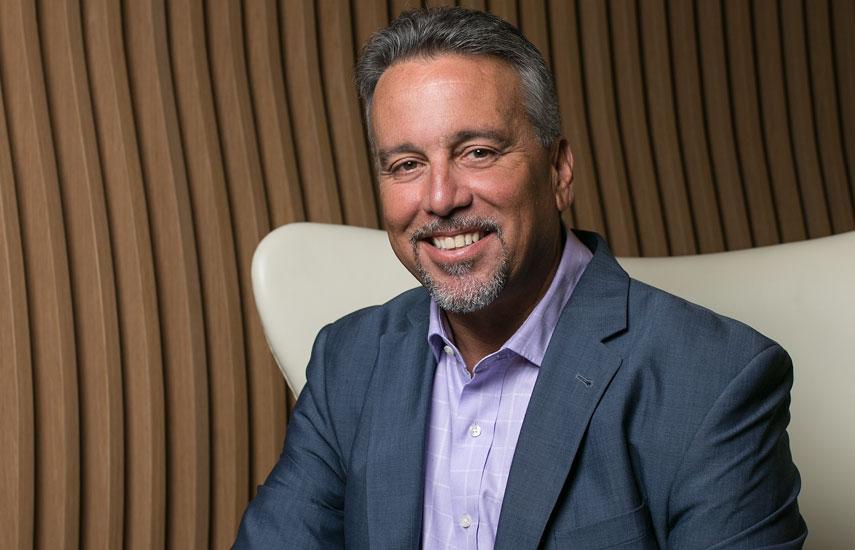 Enrique R. Martínez