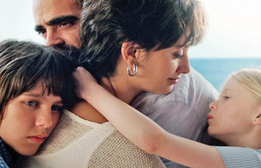 """""""Ma Ma"""", dirigida por Julio Medem, tiene a Penélope Cruz como Magda, una madre y maestra desempleada que es diagnosticada con cáncer de mama."""