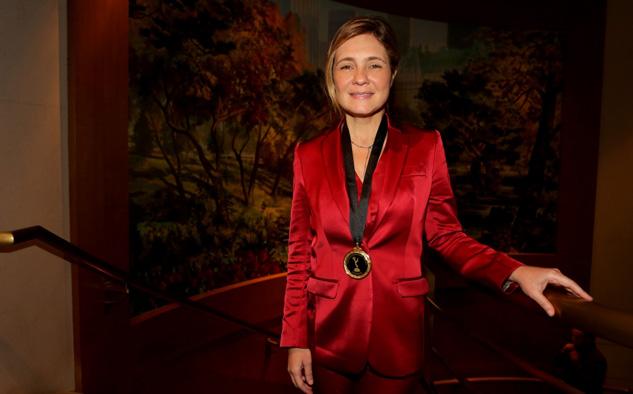 Adriana Esteves, en competencia este año por una estatuilla en la categoría Mejor Actriz.