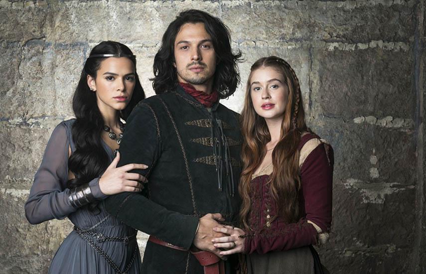 La producción cuenta en el elenco con Bruna Marquezine, Rómulo Estrela como príncipe heredero de Montemor, y Marina Ruy Barbosa, como la plebeya Amalia.