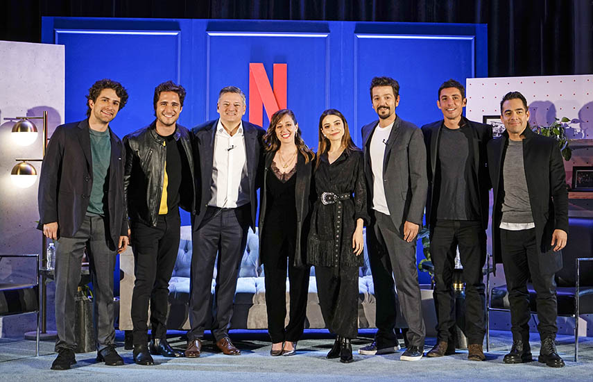 Cierre para el foro con la presencia de talentos mexicanos y Ted Sarandos, el jefe de Contenidos del gigante estadounidense.