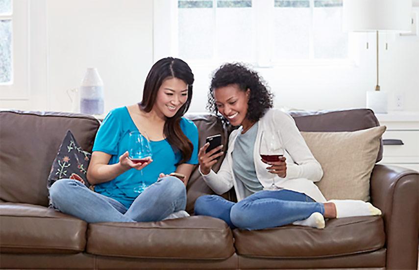 La Generación Z y los millennials de EEUU acaparan el 39% de toda la visualización fuera del hogar. Fotografía: Nielsen