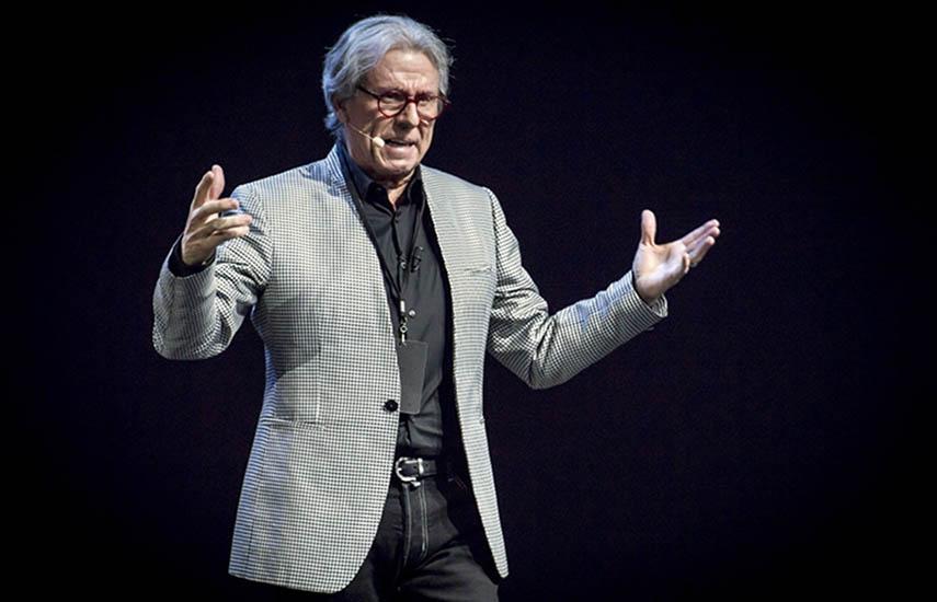 Patricio Wills, presidente de Televisa Studios, condujo la muestra de la nueva y diversificada oferta de contenidos para el año próximo.