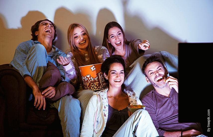 Las proyecciones de la investigadora subrayan que la TV por cable se mantendrá como la mayor concentradora de clientes en el próximo lustro. (Foto: freepik.es)