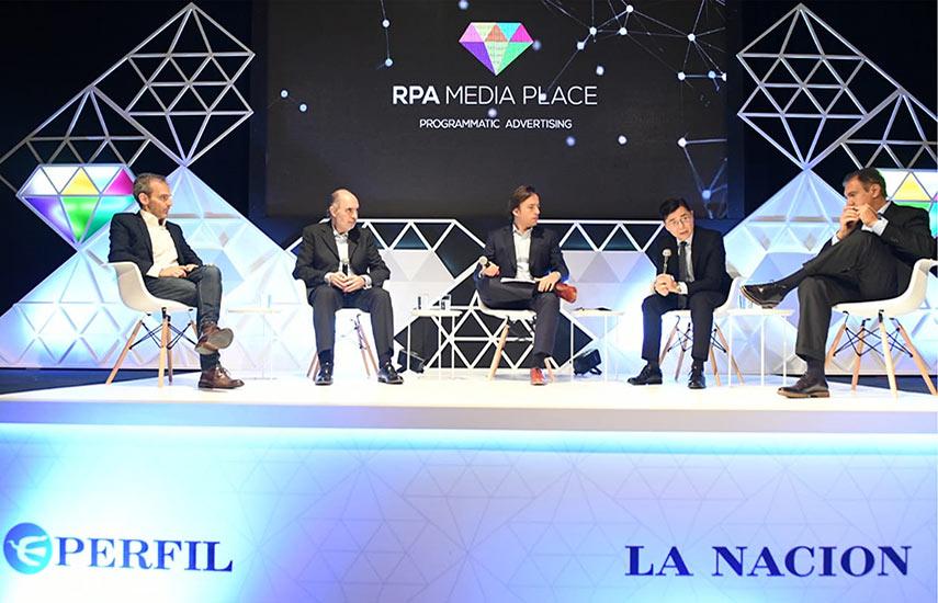 El panel fue presentado por Gervasio Marques, presidente de RPA, y Fernando Mariasch, director de esta red.