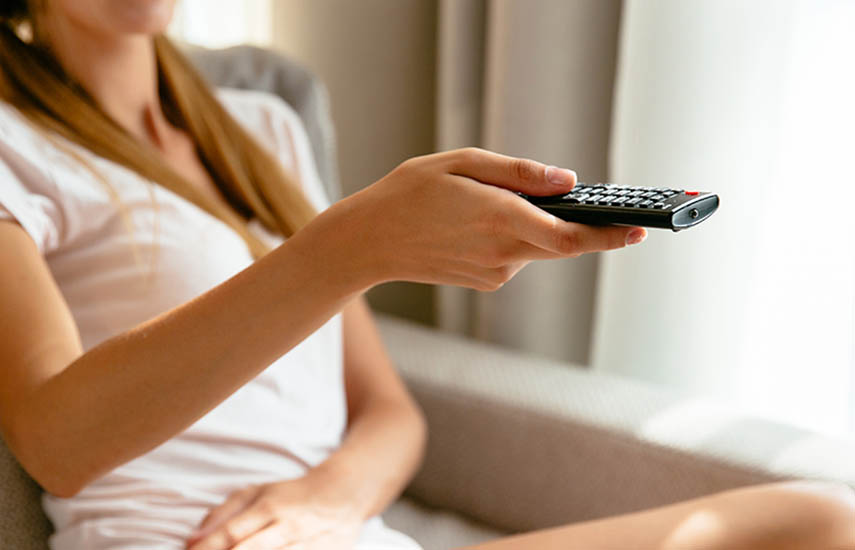 Los 10 servicios principales para EEUU ahora tienen 81,58 millones de clientes de TV entre ellos, lo que representa un poco más del 68% de los hogares de televisión. (Foto: freepic.diller / Freepik)