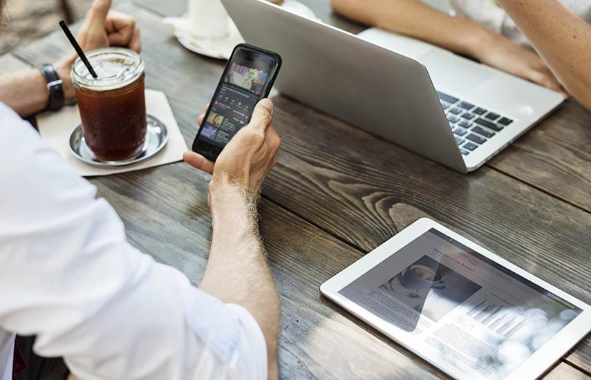De acuerdo a información salida de la base de clientes de Conviva, el 2018 mostró un crecimiento del 89% en las horas totales de visualización, incluido un crecimiento del 165% en el cuarto trimestre. (Foto: Freepik.es)