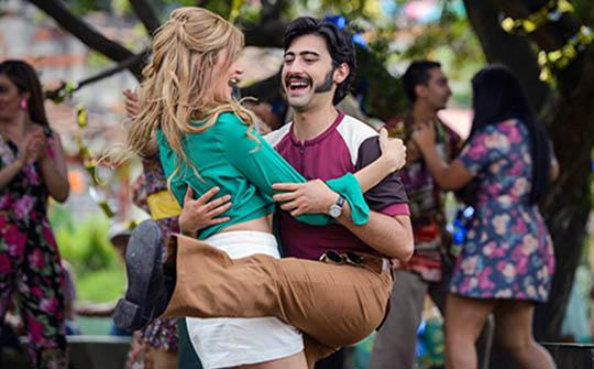 Loquito por ti, telenovela líder en Colombia, en la pizarra de Caracol Internacional para MIP Cancún