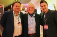 Andrew Galletly de Audio Projects, Felip Girbau y Peter Girbau de Paycom Multimedia